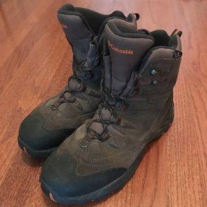 Columbia Whirlibird Boots M Sz 9